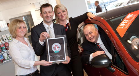 Vauxhall Chesterfield recognised for customer service