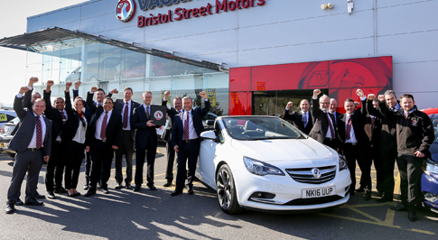 Vauxhall Newcastle recognised for outstanding service
