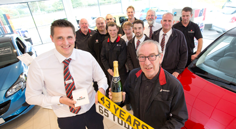 Bristol Street Motors Macclesfield Vauxhall honours retiree